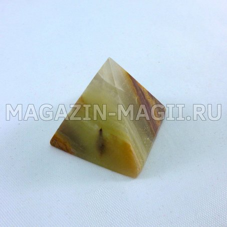 Pyramide aus Onyx 3*3*3 cm