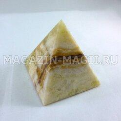 Пирамида из оникса (5*5*6 см)