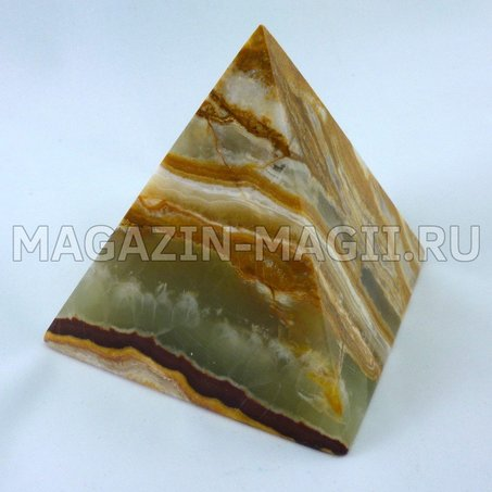 Pirâmide a partir de ônix 7*7*7.5 cm